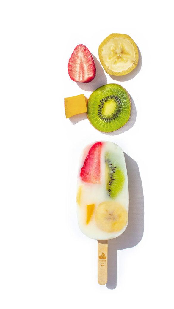 Un yaourt glacé aux fruits, entièrement naturel et fait main